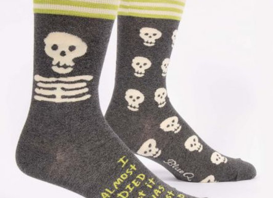 I Almost Died But it Was Just a Cold Men's Crew Socks
