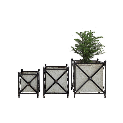 Metal Planter w/ Stands, Set of 3