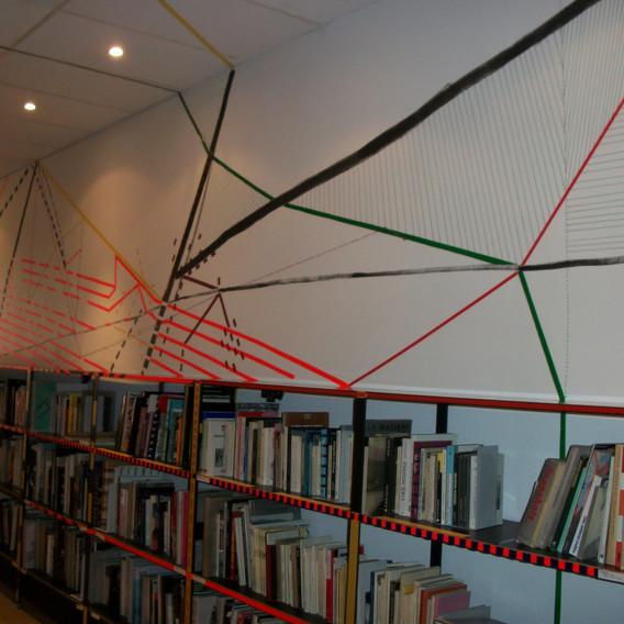 Ombres portées d'une bibliothèque
