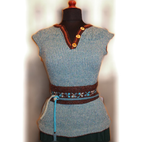 The bodice worn by the Seaman's wife, turquoise/brown