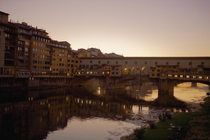 IT7 Ponte Vecchio, Florence