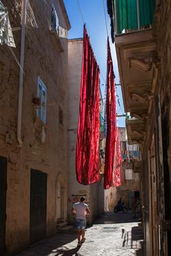 IT14 Taranto backstreet