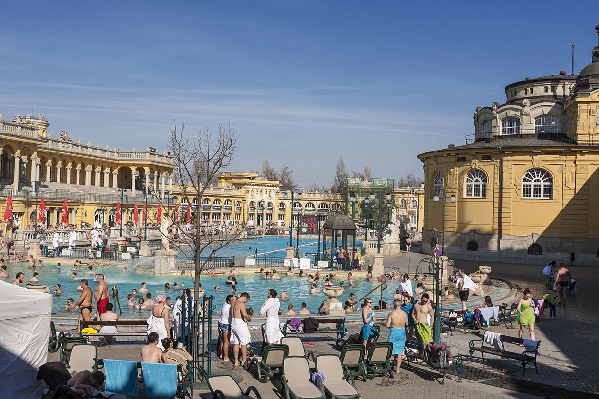 B14 Széchenyi Baths