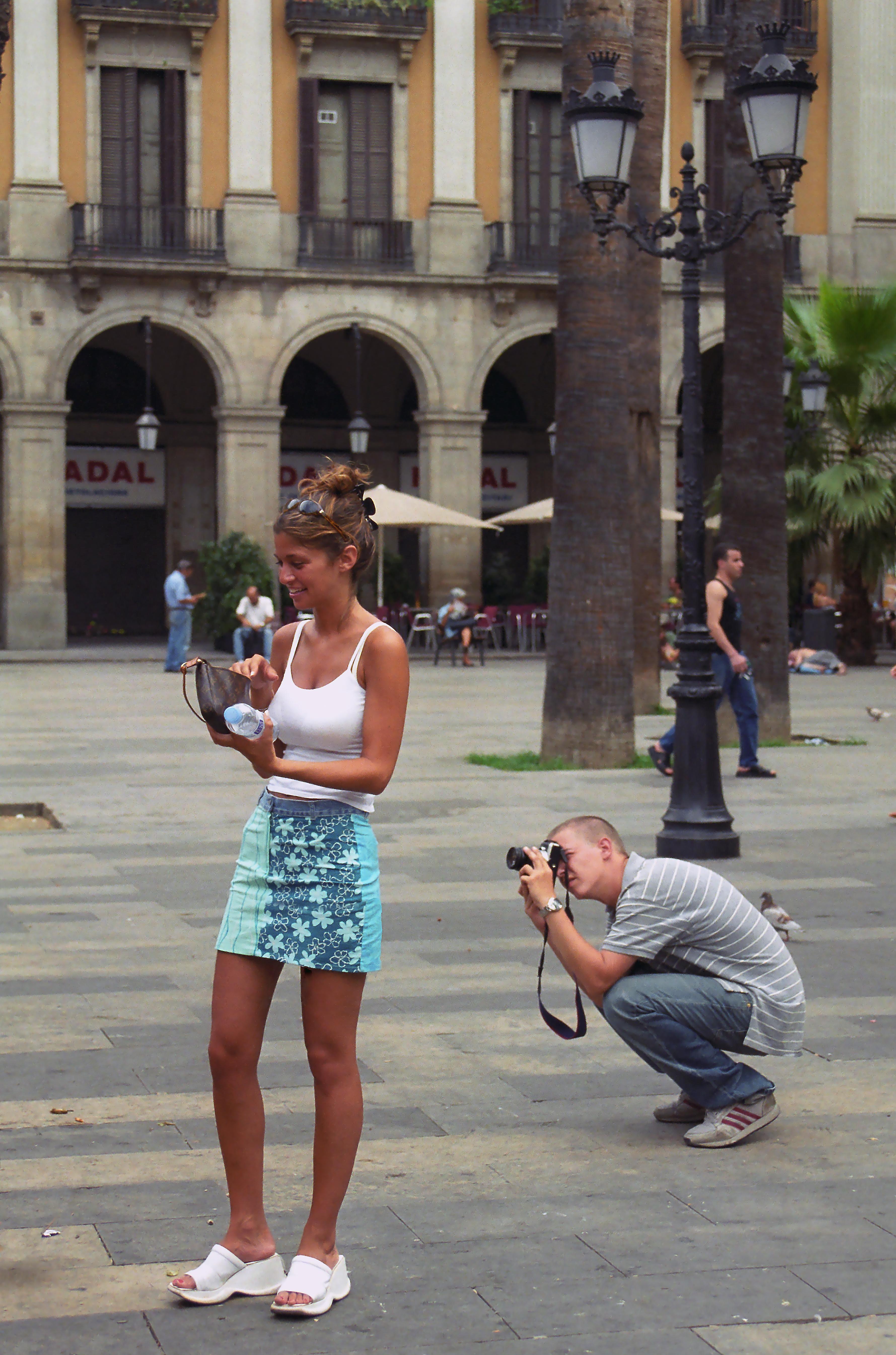 barcelona_plaça_reial_4_cs16.jpg
