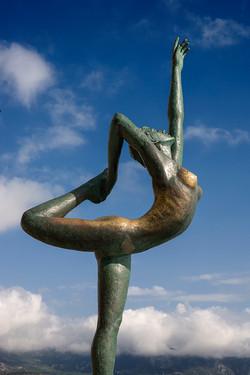 MO1 Budva ballerina