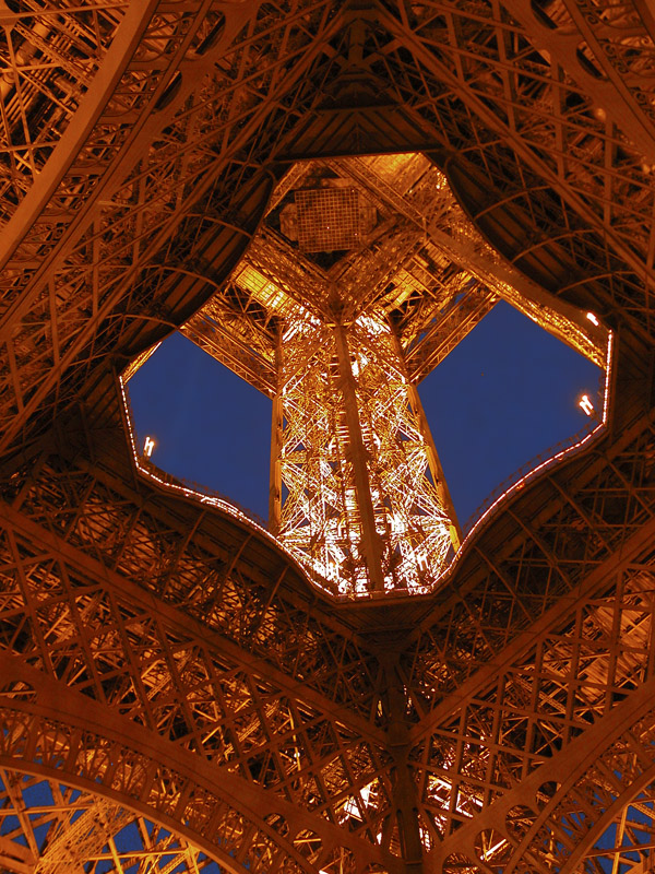 F3 Eiffel Tower