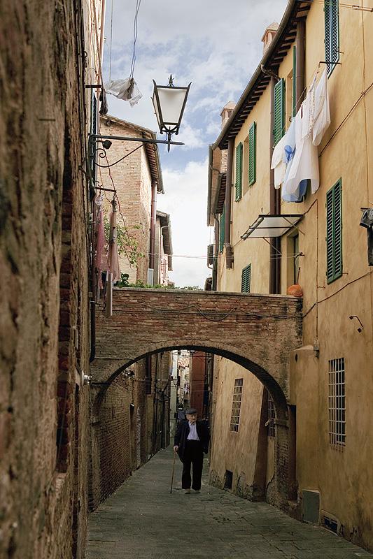 IT8 Vicolo della Tartuca, Siena