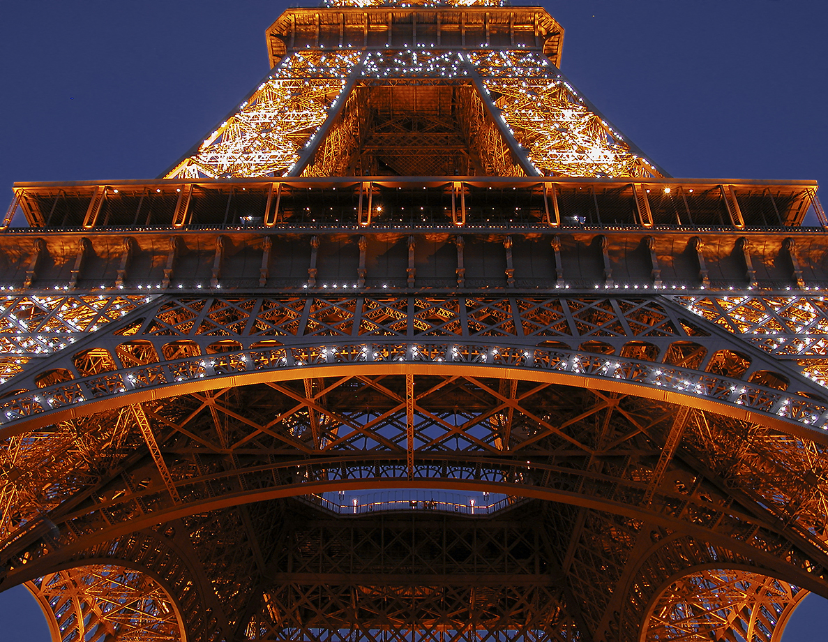 F4 Eiffel Tower