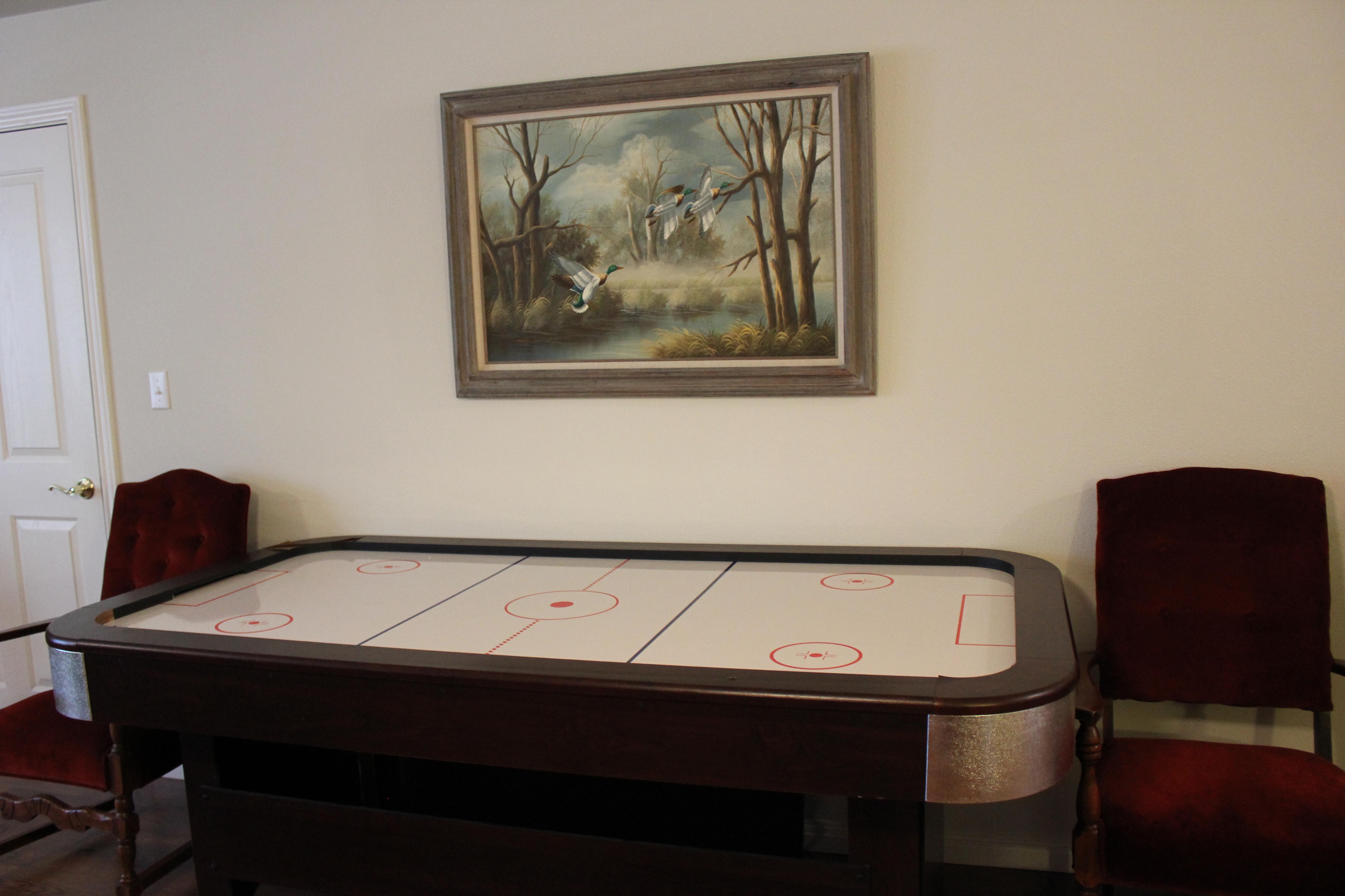 Hawk's Nest Hockey Table
