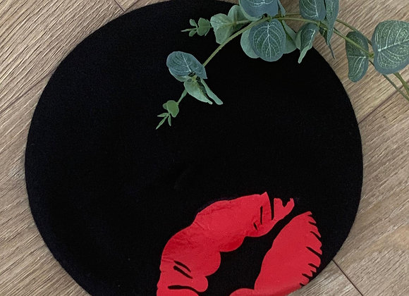 Black Wool Beret with Red Lips