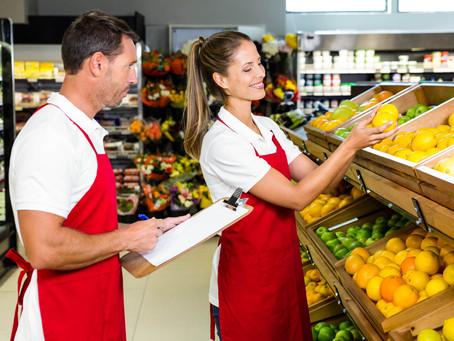Como escolher o uniforme profissional adequado para o seu supermercado?