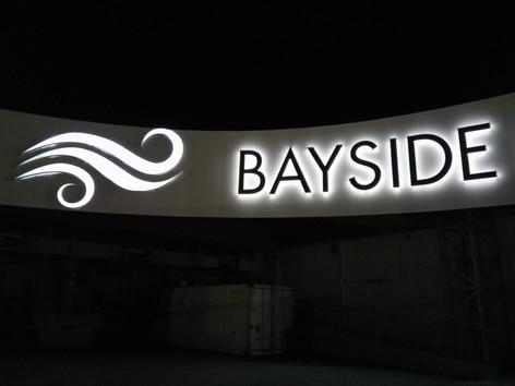 BAYSIDE MALL