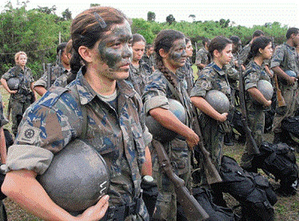Mulheres do Exército Brasileiro / Women in Brazilian Army (Pinterest)