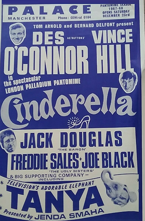 1967 Palace Manchester pantomime.png