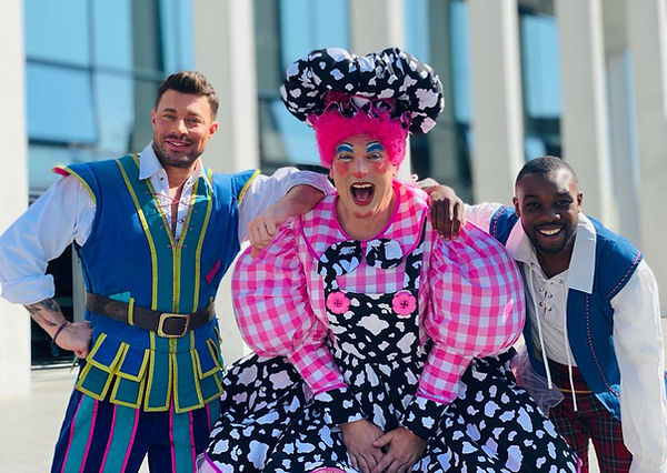 Marlowe Theatre Canterbury cast launch.jfif