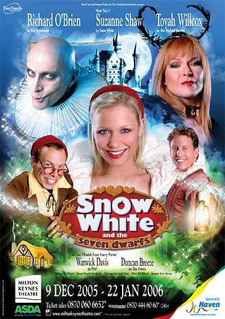 2005 Milton Keynes Theatre.jpg