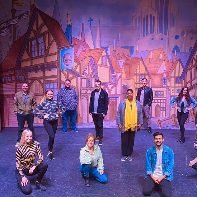 2020 Kings Theatre Plymouth cast.jpg