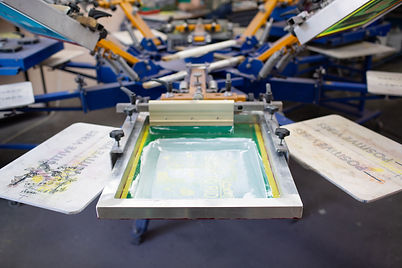 serigraphy-silk-screen-print-process-clothes-factory-carousel-frame-squeegee-plastisol-col...nts.jpg