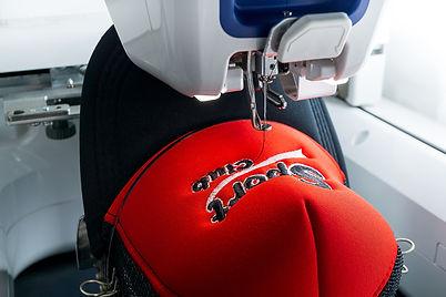 embroidery-machine-sport-cap-close-up-pi