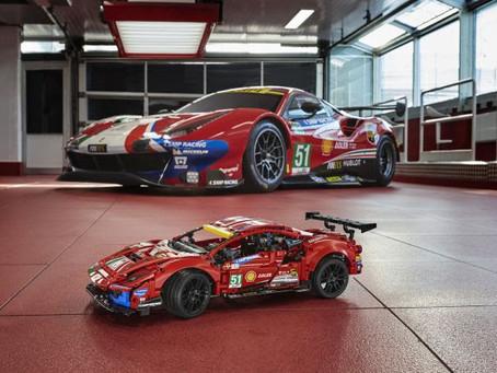 """Lançamento: LEGO® Technic™ Ferrari 488 GTE """"AF CORSE #51"""""""