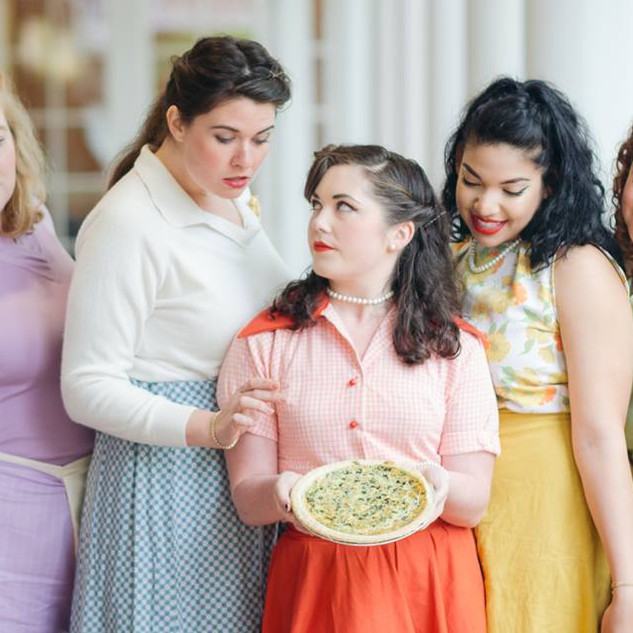 5 Lesbians Eating a Quiche at Monumental Theatre