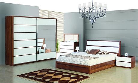 Mobila-Dormitor-culoare-nuc-este-din-PAL-melaminat-Clio.jpg