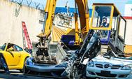 21 smuggled luxury cars, winasak ng BOC
