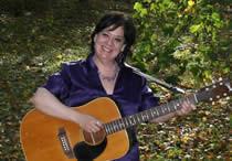 Live Music at Kings Park Market: Denise Romas