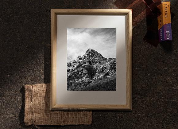 Mountain of Lake Louise (11x14 Frame / 8x10 Print)