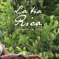 La Tía Rica, tejiendo la hoja - 2017