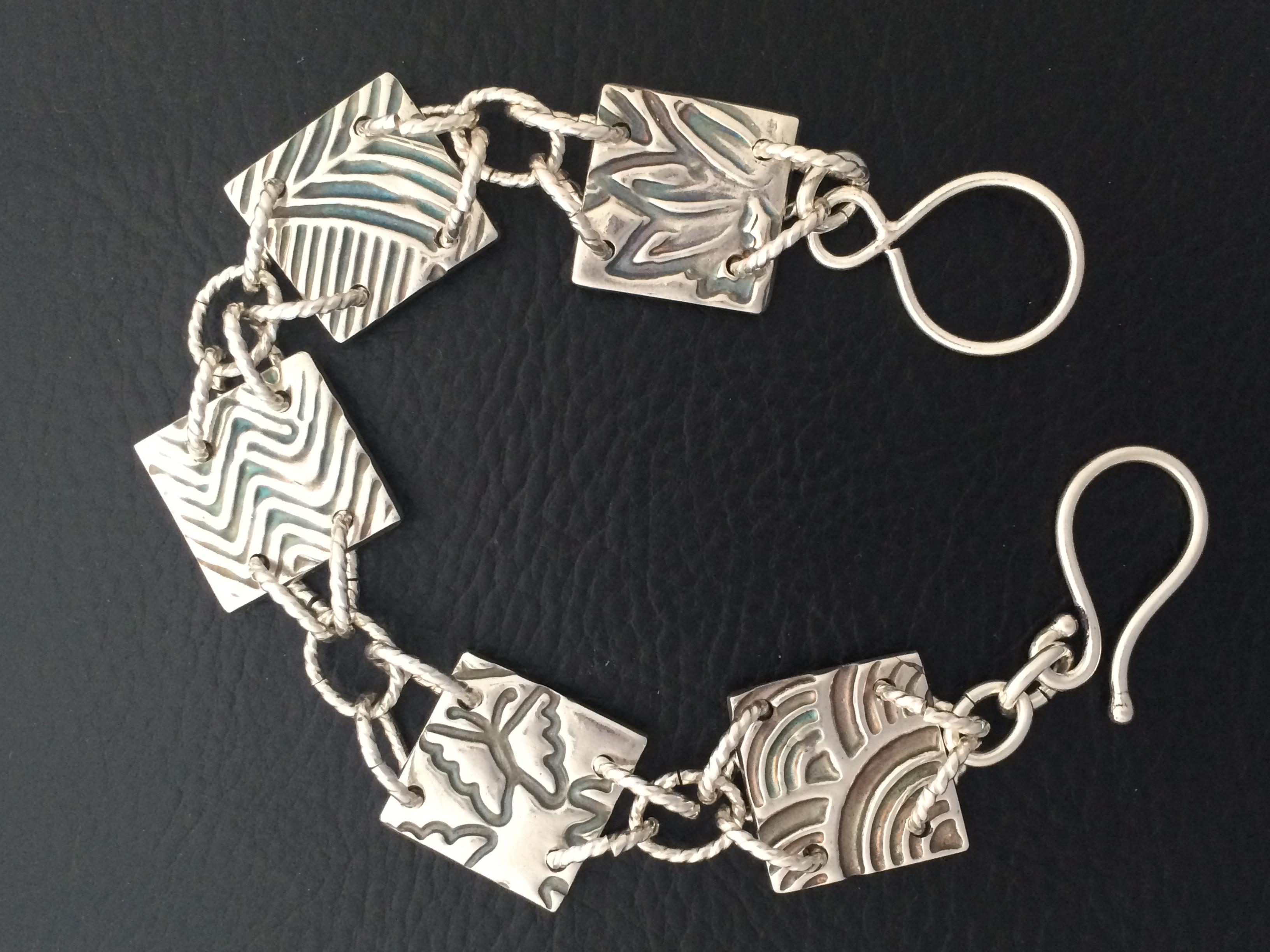 Bracelet-sampler