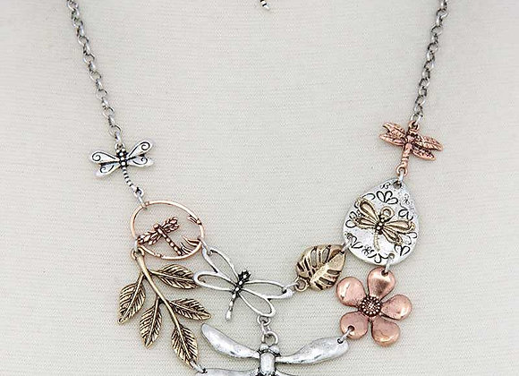 Sweet Silver Dragonfly Pendant Necklace & Earrings Set