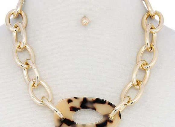 Trendy Cheetah Print & Bold Gold Necklace
