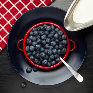 Rick-Cotter-Blueberry-bowl-2-2021-01-Art