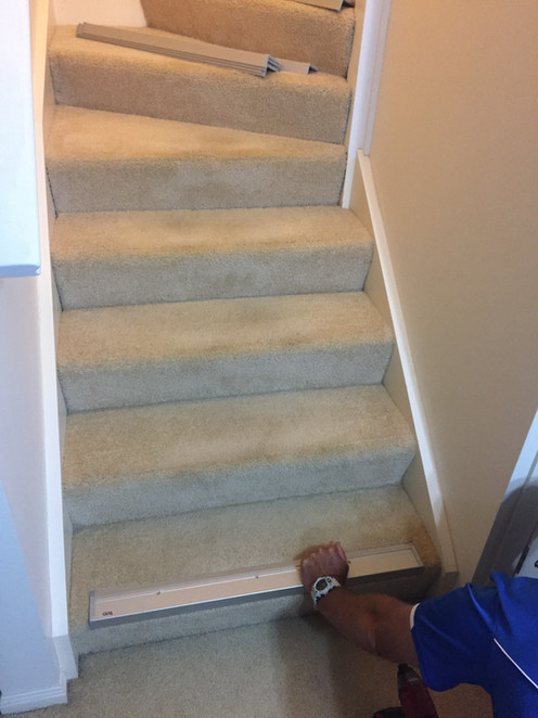 Stair Nosing Photo 04 Before