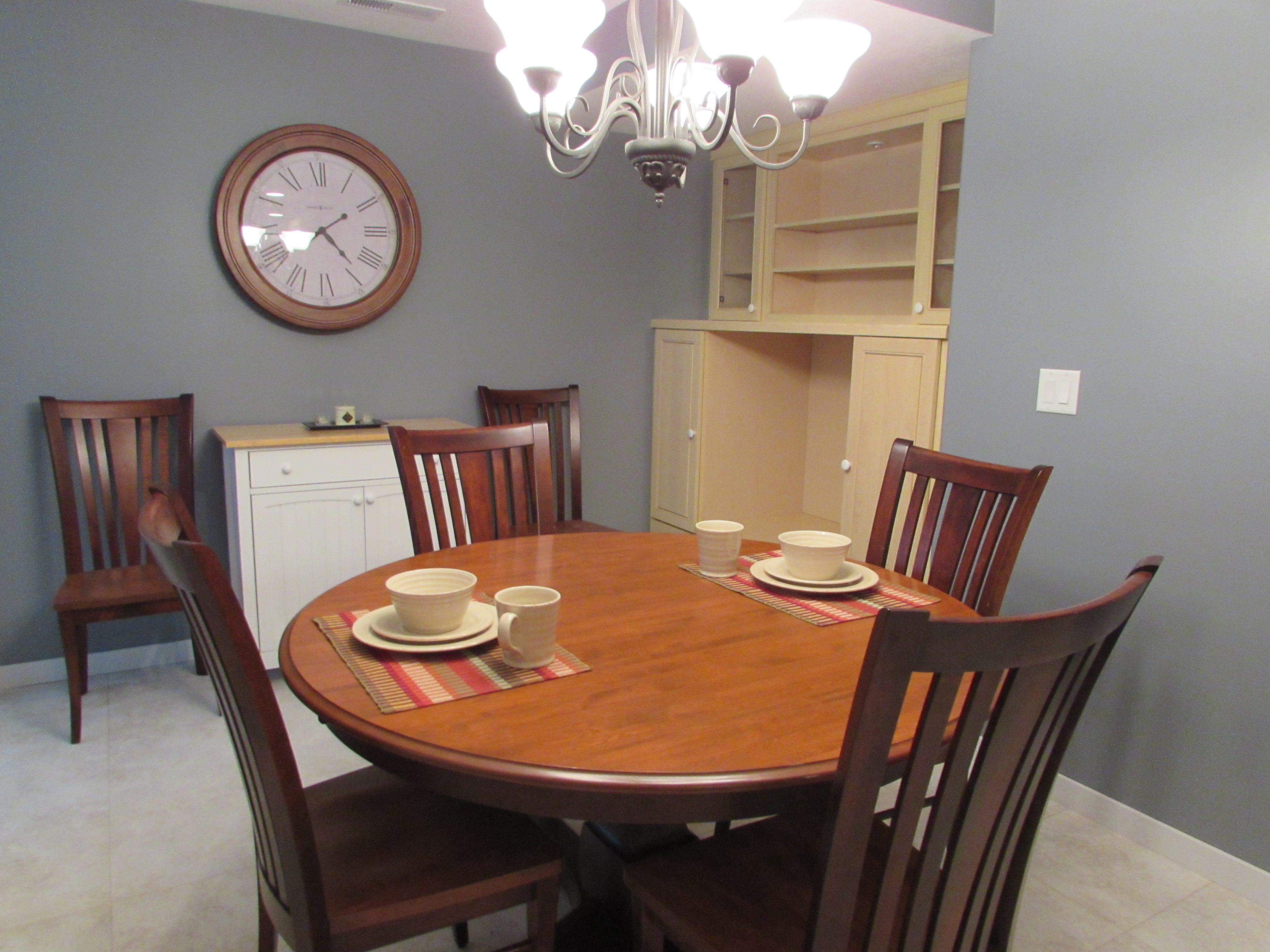 lower level dining
