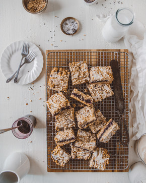 Blueberry-Lavendar Crumble Bars