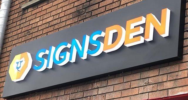 Sign maker mississauga