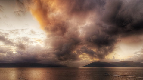 Fiery Clouds On The Clyde