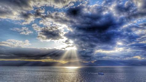 Sunsetbeams ...