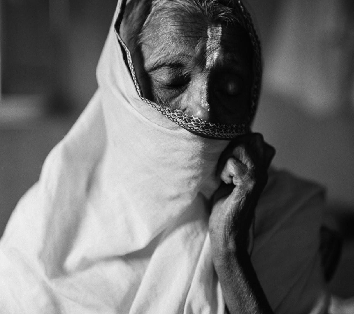"""Fazal Sheikh, Asha Rajak (""""Hope""""), Vrindavan, India, 2005"""
