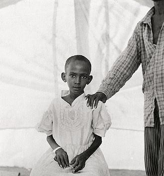 Fazal Sheikh, Hadija and her father Badel Addan Gadel, Somali refugee camp, Mandera, Kenya, 1993