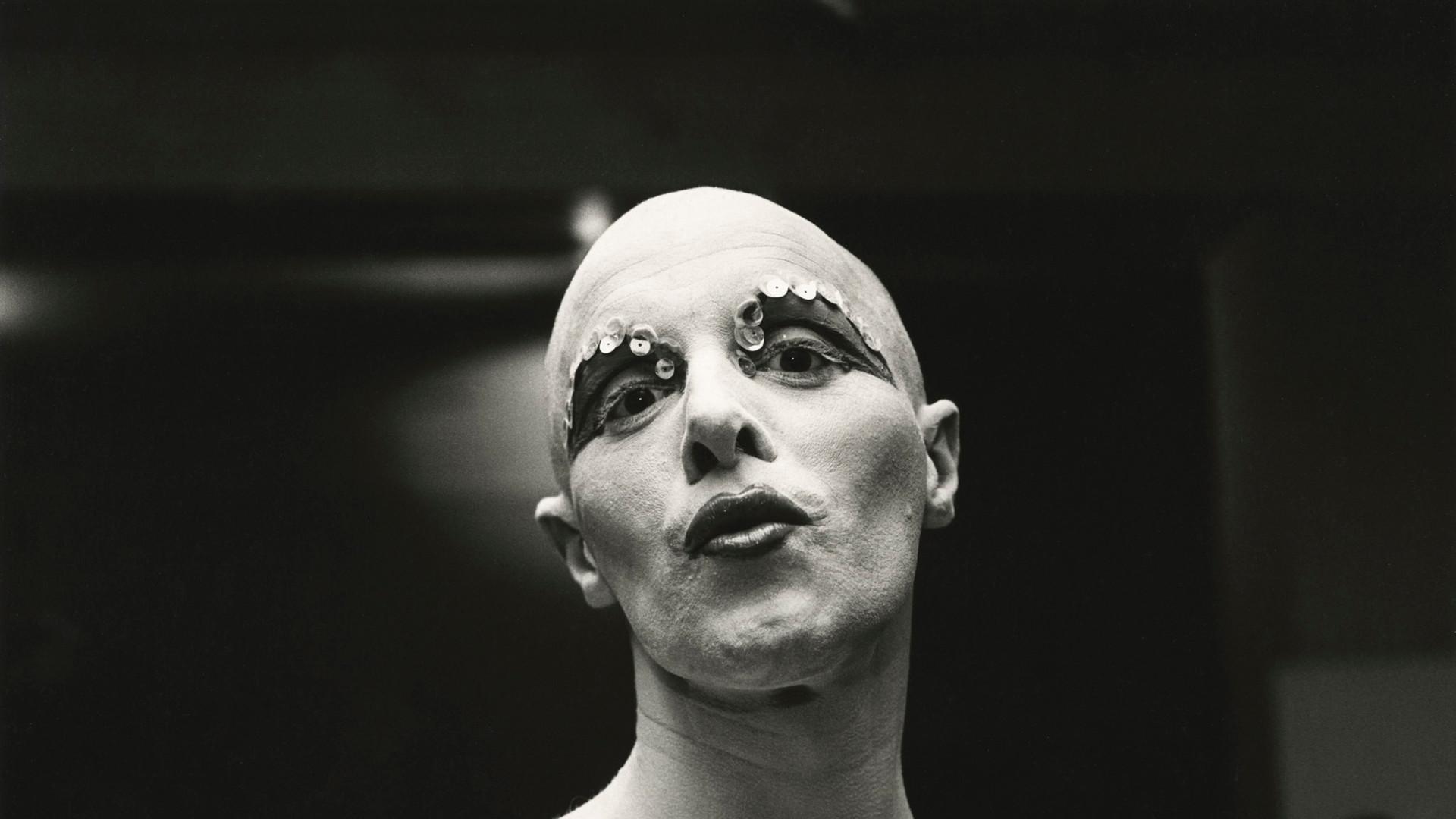 Peter Hujar, Larry Ree Backstage, c. 1973