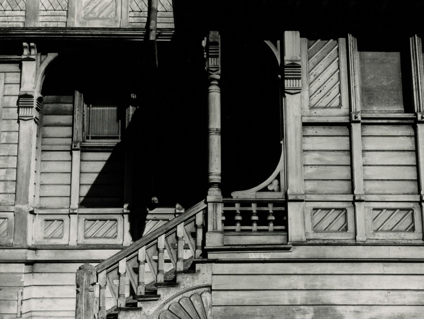 Irving Penn, House Front, San Francisco, 1947