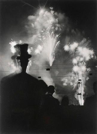 Brassai, La Nuit de Longchamp, Paris, 1937