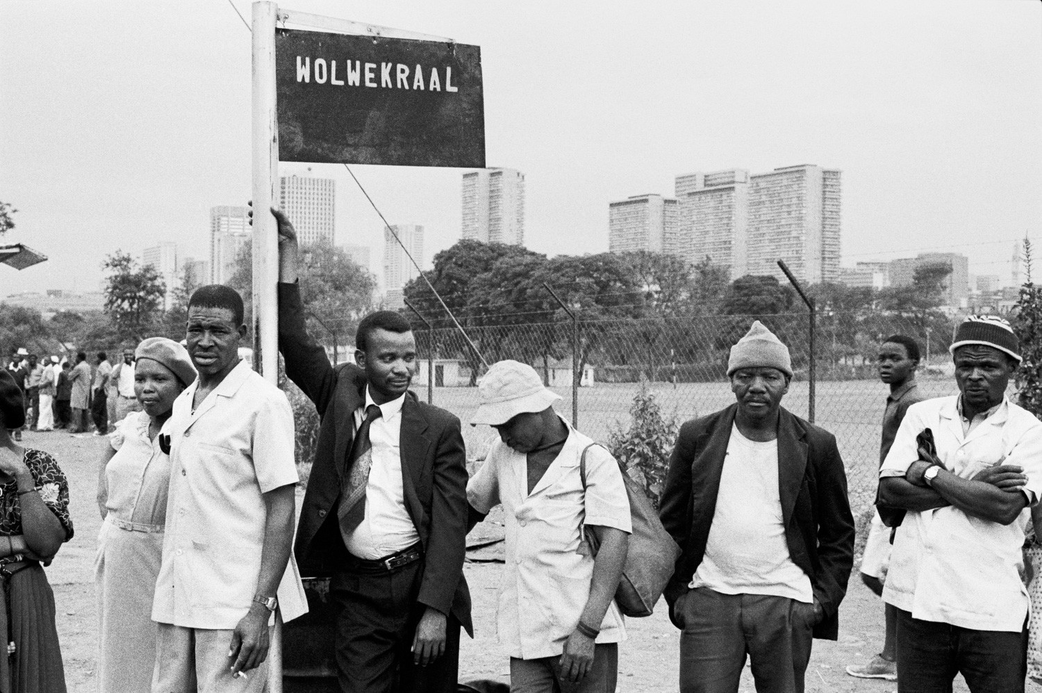 David Goldblatt, 4:00 pm. Going home: In the afternoon at Marabastad terminal in Pretoria, commuters start lining up for buses to take them back home to KwaNdebele. The last bus to Wolwekraal will leave at 7:00 pm and reach its terminal in KwaNdebele at about 10:00pm, 1983