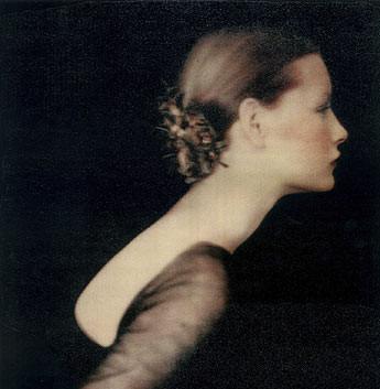 Paolo Roversi, Kirsten as Juliet, London, Studio 17 Brook Street, 1988
