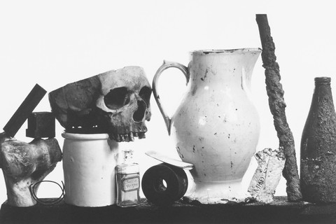 Irving Penn, Composition with Pitcher and Eau de Cologne, New York, 1979