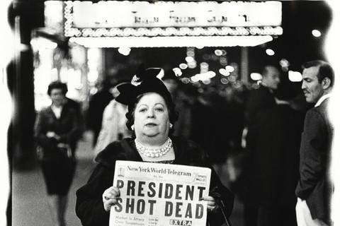 Richard Avedon, Kennedy Assassination, Times Square, New York City, November 22, 1963