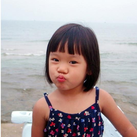 Yoshitomo Nara, Bintang girls / Thai girl, 2008/2011